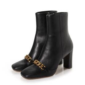 ブーツ U68206 (黒カーフ)