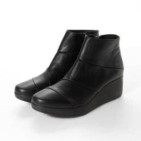 3E 柔らか牛革 切り返し厚底ショートブーツ (ブラック)