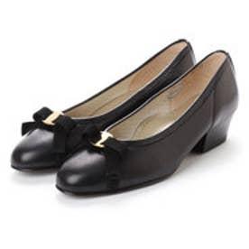 足に優しいはき心地4Eラム革らくちんリボンパンプス (ブラック)