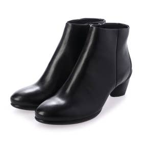 SCULPTURED 45 Ankle Boot (BLACK)