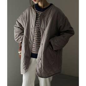 キルティングノーカラーショート丈ジャケットコート (グレージュ)