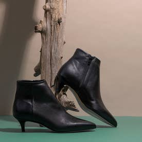 ●ポインテッドショートブーツ (ブラック)