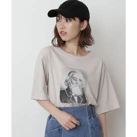 モノトーンフォトグラフィティプリントTシャツ ライトグレー