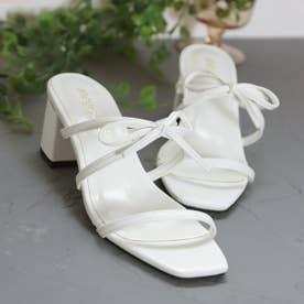 スクエアトゥの華奢リボン付きヒールキャップサンダル (ホワイト)