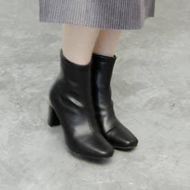 マルチヒールのスクエアトゥショートブーツ (ブラック)