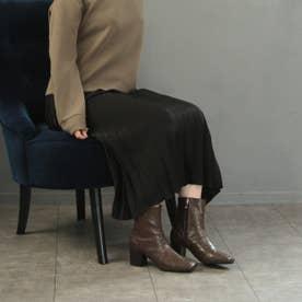 センターシームのクロコ型押しショートブーツ (ブラウン)