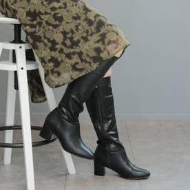 スクエアトゥデザインのロングブーツ (ブラック)