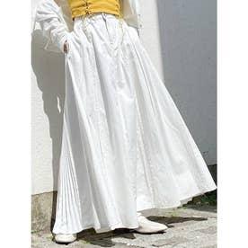 プリーツフレアロングデニムスカート (オフホワイト)