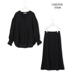 【WEB限定】バックサテンジョーゼット ブラウス×スカートセット (ブラック系)