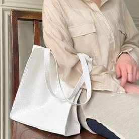 型押しトートバッグ 韓国ファッション (ホワイト)