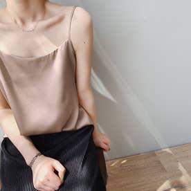 サテン風キャミソール 韓国ファッション (ピンクベージュ)
