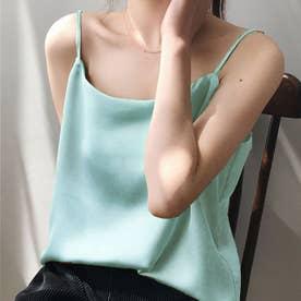 サテン風キャミソール 韓国ファッション (ライトブルー)