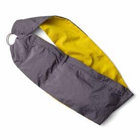 スカーフみたいに身にまといたい フィットしてらくちんな はっ水ウェアラブルバッグ (イエロー×グレー)