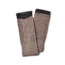 指先がすぐに使えてスマホに便利 シルクの肌当たりで手もとをすっぽりと包んでくれるハンドウォーマー (ブラウン)