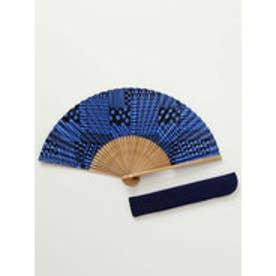 【カヤ】和の香り 幾何学合わせ紙扇子 袋付き ブルー