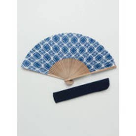 【カヤ】和の香り 菱文様紙扇子 袋付き ブルー