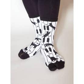 【カヤ】足袋型くつ下23~25cm ピアノと猫 ホワイト×ブラック