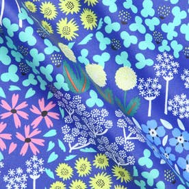 オックス生地 ラミネートカットクロス Villikukka 野生の花
