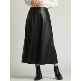 フェイクレザーのフレアースカート (ブラック)