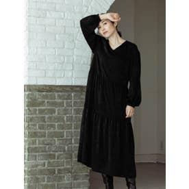 ボリューム袖のティアードワンピース (ブラック)