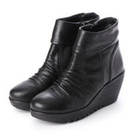 楽ちん 柔らかレザー ふかふか厚底ショートブーツ (ブラック)