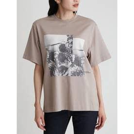 グラフィックプリントTシャツ (BEG)