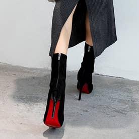 美シルエットの定番ショートブーツ (ブラック)