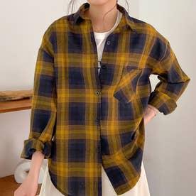 着るだけで今年っぽいレトロチェック柄のオープンカラーシャツ。 (ダークイエロー)