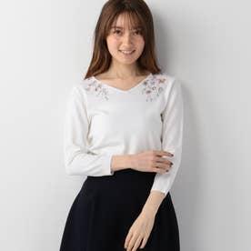 スプリングカラー刺繍ニット (シロ)