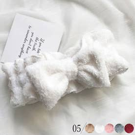 ふわふわ ヘアバンド 洗顔 リボン ヘアアクセサリー 便利グッズ おしゃれ バスグッズ プレゼント 女性 化粧道具 小物 便利 (ホワイト)