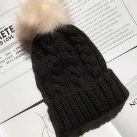 ニット帽子 レディース 防寒 ぽんぽん付き 帽子 ケーブル編み 柔らかい 可愛い ファーボンボン (ブラック)