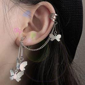 蝶モチーフ イヤーカフ レディース 耳にかける アクセサリー 片耳用 チェーン付きイヤリング 耳飾り 揺れるイヤーラップ (シルバー)
