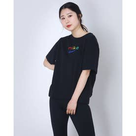 レディース 半袖機能Tシャツ ウィメンズ DRI-FIT ボクシー レインボー S/S Tシャツ DD2849-010 (ブラック)