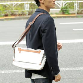 【日本製】シュリンクレザータイプPVC×ヌメ革タイプPVC 合皮ミニショルダーバッグ (ホワイト)