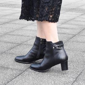 【3E】ベルトデザインショートブーツ (ブラック)