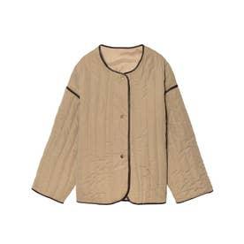 パイピング中綿キルティングミドルジャケットコート (ベージュ)