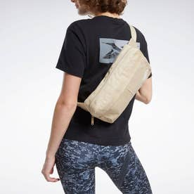 Reebokクラシックス ファウンデーション クロスボディ バッグ / Classics Foundation Crossbody Bag (他)