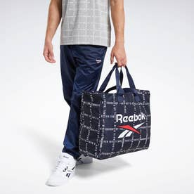 Reebokクラシックス チェックス アンド ストライプス ショッパー バッグ / Classics Checks and Stripes Shopper Bag (ブルー)