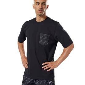 ReebokCL ロゴ ポケット Tシャツ (ブラック)
