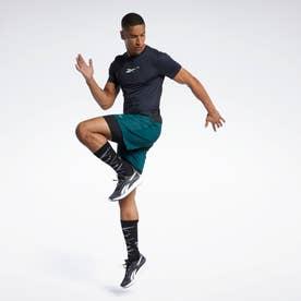 ランニング エッセンシャルズ ツーインワン ショーツ / Running Essentials Two-in-One Shorts (グリーン)