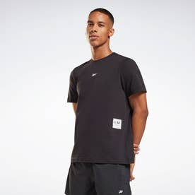 レズミルズR グラフィック ショートスリーブ Tシャツ / Les MillsR Graphic Short Sleeve T-Shirt (ブラック)
