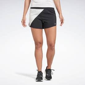ランニング エッセンシャルズ 4インチ ショーツ / Running Essentials 4-Inch Shorts (ブラック)