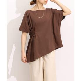 Emma(エマ)アシンメトリープルオーバーシャーリング Tシャツ (ブラウン)