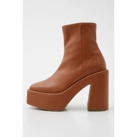 CHUNK SOLE ブーツ CAM