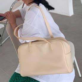スクエアデザインスポーツバッグ (アプリコット)