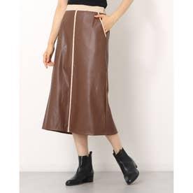 合皮フェイクスウェードパイピングスカート (ブラウン)
