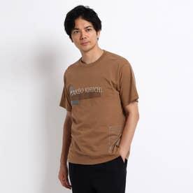 【Sサイズ~】マルチプリント カレッジ ロゴ Tシャツ (キャメル)