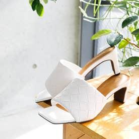 スクエアトゥメッシュ型押しミュールサンダル (ホワイト)