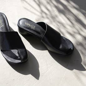足袋デザインミュールサンダル (ブラック)